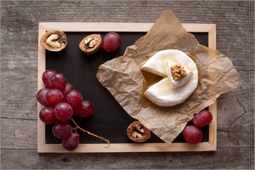 Posterlounge Cuadro de PVC 90 x 60 cm: Baked Camembert Cheese with Honey, Nuts and Grapes de Editors Choice